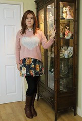Comfy Casual (Joanne (Hay Llamas!)) Tags: transgender transwoman tg brunette tgirl cute uk brit british britgirl casual