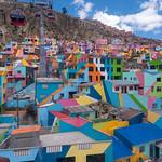 Gli straordinari quarteri lungo le falde del vulcano che ospita La Paz