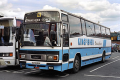 A124MBA (Redhill Bull) Tags: a124mba leylandtiger plaxtonparamount nationaltravelwest kingfisherredditch
