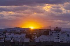 Atardecer en Valencia 62 (dorieo21) Tags: tramonto atardecer ocaso crépuscule crepúsculo sunset sunlight urbanscape skyscape nikon d7200 soleil sol sole sonne sonnenuntergang himmel cielo ciel sky architecture arquitectura arquitecture cloud clouds nube nubes nuage nuages wolke wolken