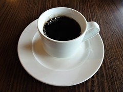 Black as the Ace of Spade (knightbefore_99) Tags: breakfast desayuno tasty delicious best bc eastvan vancouver bon off broadway coffee cafe black noir negro java hot drink nice