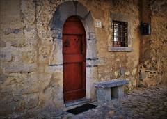 Uno scorcio di Borgo Arnosto (ornella sartore) Tags: borgo arnosto porta finestra panchina dettagli colori