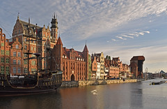 Poland - Gdansk - waterfront (Harshil.Shah) Tags: gdansk poland europe waterfront city urban historic historical unesco world heritage site worldheritagesite architecture buildings