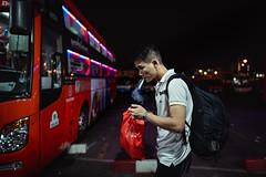 Not too long (Cadicxv8) Tags: bus station bahnhof vietnam saigon people wating life passenger travel