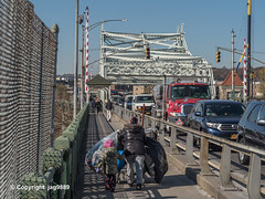 University Heights Bridge over the Harlem River, Manhattan-Bronx, New York City (jag9889) Tags: 2019 20191115 207street allamericacity auto automobile bridge bridges bronx bruecke brücke car crossing emersonstreet fluss harlemriver infrastructure inwood inwoodite k019 manhattan movable ny nyc newyork newyorkcity outdoor people pont ponte puente punt river span street streetscene structure thebronx transportation usa unitedstates unitedstatesofamerica universityheights uppermanhattan vehicle w207st w207street wahi walkway wasser water waterway west207thstreet westbronx jag9889