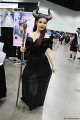IMG_6454 (willdleeesq) Tags: comicconla cosplay cosplayer cosplayers lacc lacc2019 lacomiccon lacomiccon2019 losangelescomiccon losangelescomiccon2019 disney disneycosplay maleficent amberarden losangelesconventioncenter