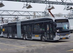 NLD Qbuzz 7055 ● Groningen Peizerweg (Roderik-D) Tags: 7055 vdlbuscoach citea2 groningengaragepeizerweg articulatedbus elektrischebus electricbus 11bnx5 slfa180electricbrt 2019 geledebus gelenkbus capacity49751