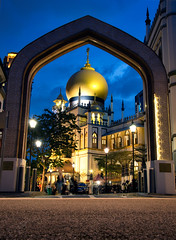 DSCF4465 1 (luke.seow4) Tags: kampong glam singapore temple mosque asia travel sg blue hour sunset dusk city street architecture asiasfavorites