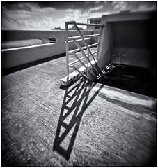 Fotografía Estenopeica (Pinhole Photography) (Black and White Fine Art) Tags: fotografiaestenopeica pinholephotography lenslesscamera camarasinlente lenslessphotography fotografiasinlente pinhole estenopeica estenopo stenopeika sténopé kodakbw400cnexp2007 kodakd76 sanjuan oldsanjuan viejosanjuan puertorico niksilverefexpro2 lightroom 3 lightroom3 bn bw