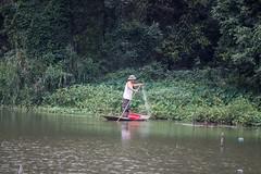 Pescando (rraass70) Tags: canon d700 personas rio agua ninbinh deltadelriorojo vietnam