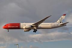 Norwegian Air UK Paco de Lucia Livery 787-900 Dreamliner (G-CKOG) LAX Approach 3 (hsckcwong) Tags: norwegianairuk norwegianair pacodelucialivery 787900 7879 787 dreamliner gckog lax klax