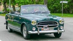 1960's Peugeot 403 Cabriolet (Gösta Knochenhauer) Tags: 2016 may stockholm sverige sweden capital djurgården gärdesloppet prins bertil memorial car veteran panasonic lumix fz1000 dmcfz1000 p9040293nik p9040293 nik leica lens