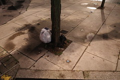 20191115T06-42-56Z (fitzrovialitter) Tags: peterfoster fitzrovialitter city camden westminster streets urban street environment london fitzrovia streetphotography documentary authenticstreet reportage photojournalism editorial daybyday journal diary captureone ricohgriii apsc 183mm gpicsync exiftool ultragpslogger england unitedkingdom