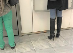 Rosina in the shopping mall (Rosina's Heels) Tags: high heel stiletto leather boots