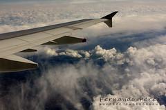 20190404_135359 (MUFERPE) Tags: canoneos450d canon 450d 50mm muferpe fernandoperezmuñumel nubes cloud avión volando cielo sky