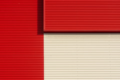 Lines in red and white (Jan van der Wolf) Tags: map196527v facade gevel minimalism minimalistic red redandwhite lines lijnen architecture architectuur simple simpel geometric geometry geometrisch geometrie