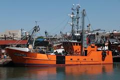 El Padrino (Ce Rey) Tags: ship barco orange nautica nautical puerto port seaport harbour naranja color colores