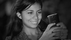 Smiling selfie (Blas Torillo) Tags: puebla méxico mexico heitzel modelo model mujer woman retrato portrait selfie autorretrato gente people belleza beauty beautiful sonrisa smile cara rostro face manos hands teléfono celular móvil blancoynegro byn bn blackandwhite bnw bw exteriores outdoors fotografíaprofesional professionalphotography fotógrafosmexicanos mexicanphotographers nikon d5200 nikond5200
