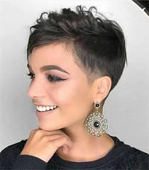 20 Photos de Edgy Pixie Cut (votrecoiffure) Tags: 2019 cheveux coiffure votrecoiffure