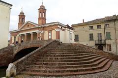 Museum and bridge in Comacchio (Sokleine) Tags: pont ponte bridge trois tre triple treponti briques heritage patrimoine bricks comacchio emiliaromagna italia italie italy europe