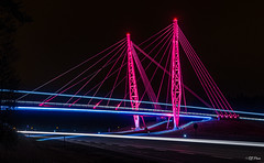 The pink bridge (thore.bryhn) Tags: bridge pink night rosa sløyfe