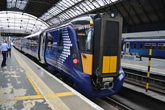 Scotrail Class 385/0 385037 - Glasgow Queen Street (dwb transport photos) Tags: abellio scotrail emu 385037 glasgowqueenstreet glasgow