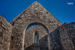 A Cielo aperto dalla notte dei tempi. (iw2ijz) Tags: reflex travel trip viaggio 2010 naseachtdtempaill aran isole galway irlanda chiesa ireland church nikon d90 tamron 18270