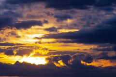 Nubes al atardecer 09 (dorieo21) Tags: cloud clouds nube nuage nubes nuvola nuages nuvole nikon d7200 sky himmel cielo ciel tramonto atardecer crépuscule crepúsculo wolke wolken