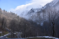 DSC_0414 (Bergwandern Alpen) Tags: alpen alps bergwandern hiking bergstrasse serpentinen winter glarneralpen nebelschwaden