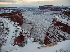 P1013678lr (xjblue) Tags: 2019 canyonlandsnationalpark newyearsweekend southernutah utah canyon canyonlands cold desert governmentshutdown sandstone snow trip winter