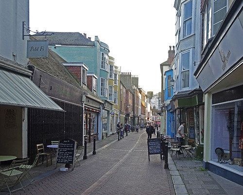 D20760.  Old Town, Hastings.