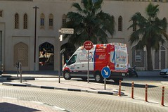 Ambulance, Ford Transit Van ambulance, Dubai, U.A.E (Lolo026) Tags: dubaï ambulance ambulanz ambulancia rescue notruf emirates uae rettung street sun palm road strasse rue ford van