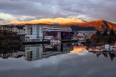 My office view (Knut Erik Håheim) Tags: thonhotel fosnavaag fosnavåg sunrise mountains sea harbour reflection boats maritime norway november winter