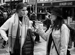 Talk to the hand (Nikonsnapper) Tags: leica m10 summicron 50mm street cardiff bw ladies chatting