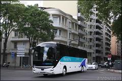 Iveco Bus Magelys – Keolis n°166042 (Semvatac) Tags: semvatac photo bus tramway métro transport transports iveco magelys keolis allée de barcelone toulouse haute garonne debarcelone ivecobus 166042 ec437bl 2017 0404