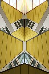 Kubus Mirrored (beelzebub2011) Tags: netherlands holland rotterdam cubeapartments kubus mirrorimage abstract architecture