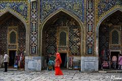 SAMARCANDA (RLuna (Instagram @rluna1982)) Tags: uzbekistan rutadelaseda samarcanda tamerlan samarkanda viaje asia vacaciones travel canon photo mezquita musulman muslim ramadan arco puerta registan rluna rluna1982 silkroad siab bazar afrosiab zoco