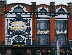 Crown Hotel, Liverpool (Allan Rostron) Tags: liverpool hotels pubs crownhotel artnouveau