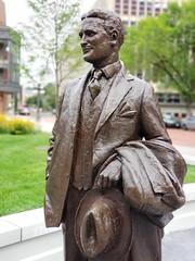 F. Scott Fitzgerald (Joe Shlabotnik) Tags: statue galaxys9 stpaul august2019 2019 bronze sculpture minnesota cameraphone
