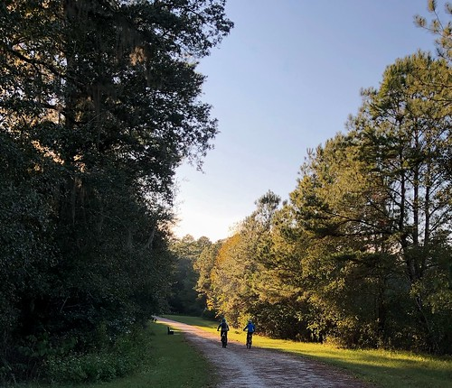 Two cyclists on the Miccosukee Greenway