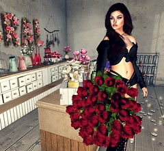 """when he says.. """" give me roses now! """" 1/4 (Scarlett Saphira) Tags: secondlife sl second life lovers couple red roses 50 bouquet"""