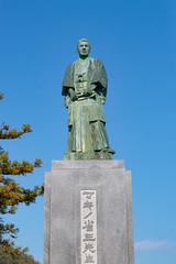 Statue of Shozo Makino - Toji-in, temple - Kyoto (Ogiyoshisan) Tags: japan japanese 日本 京都 kyoto 秋 autumn temple statue movie マキノ省三 銅像 等持院