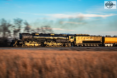 "Northbound UP ""Great Race Across the Southwest"" Passenger Train at Lenapah, OK (Mo-Pump) Tags: train railroad railroader railfan railway railroading railroads railfanrailroader locomotive unionpacificrailroad unionpacific up uprr 4014 big boy alco 4884"