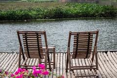 Nos sentamos? (rraass70) Tags: canon d700 paisajes rio agua ninbinh deltadelriorojo vietnam