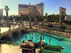 Las Vegas Strip - The Mirage (wyliepoon) Tags: las vegas strip paradise nevada boulevard hotel casino resort venetian venice mirage