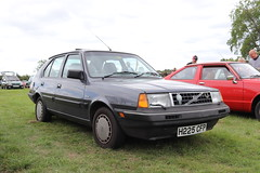 Volvo 340 GL H225CFP (Andrew 2.8i) Tags: festival unexceptional buckinghamshire middle claydon meet show coche voitures voiture autos auto cars car swedish euro european hatch hatchback 300series 340gl gl 340 volvo h225cfp