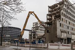 Platz für Neues (michael_hamburg69) Tags: hamburg germany deutschland hansestadt innenstadt hochhaus grau cityhochhäuser cityhof 1958 architekt architect rudolfklophaus klosterwall