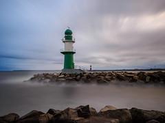 Leuchtturm | Lighthouse in Warnemünde (Sven (fishpool.de)) Tags: langzeitaufnahme warnemünde longexposure leuchtturm lighthouse ostsee sea westmole mole rostock baltic