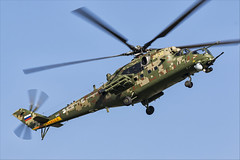 Mil Mi-35M - 12 (NickJ 1972) Tags: maks zhukovsky airshow 2019 aviation mil mi24 mi35 hind 341 2302 yellow