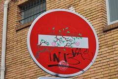 Clet_6930 rue Corvisart Paris 13 (meuh1246) Tags: streetart paris clet ruecorvisart paris13 cletabraham panneau arbre
